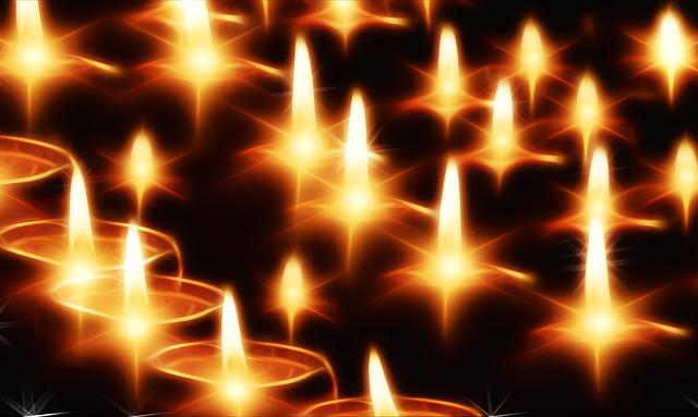 candles-141892_640.jpg