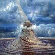 tornado-2650668_640.jpg